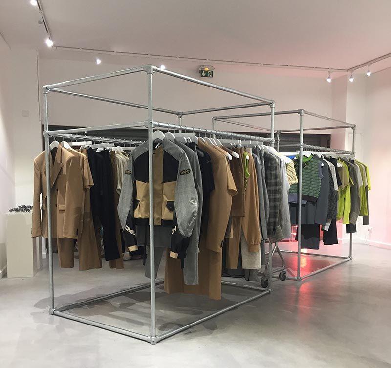 Freestanding Clothing Rail Display Clothing Rails