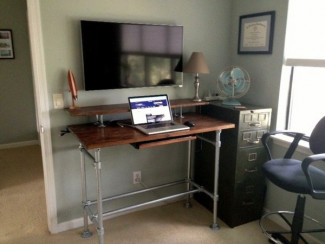 Kee Klamp standing desk using the Rugged table kit