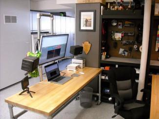 Pole mounted monitor desk