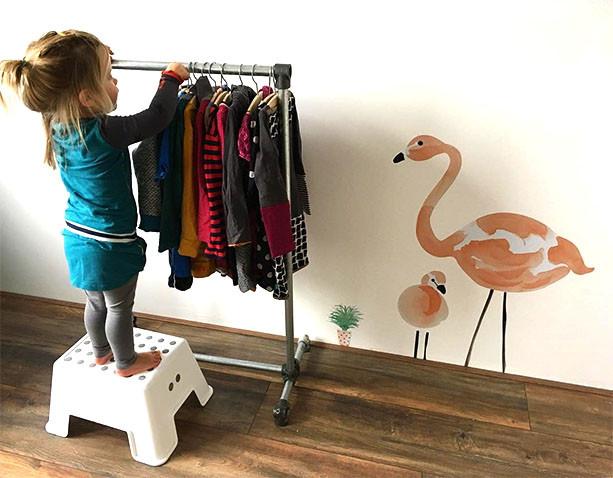 Diy Children S Clothes Rail Simplified Building