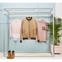 Freestanding display clothing rail