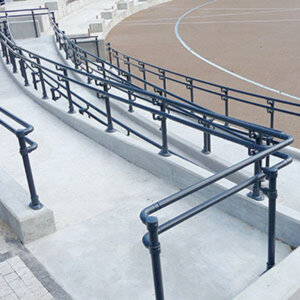 Black handrail system for ramp access