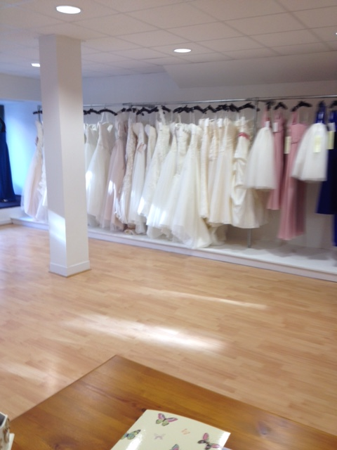 Bridal shop furniture fitting