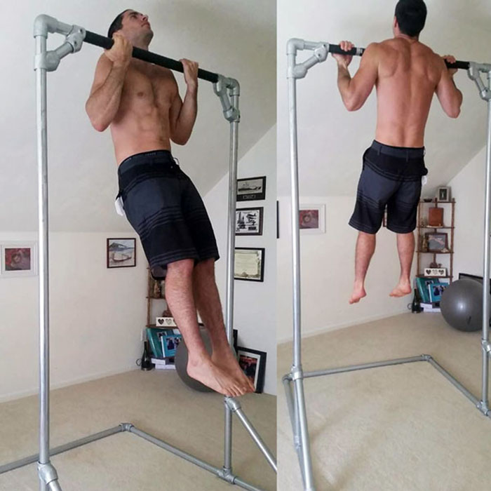 DIY freestanding pull up bar