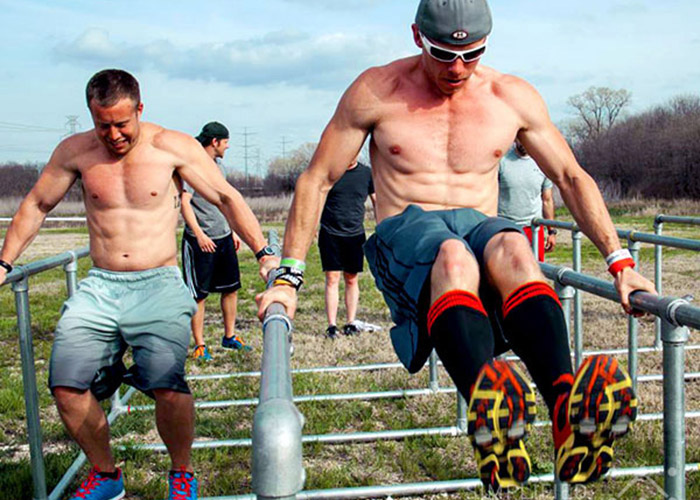 men's fitness obstacles calisthenics
