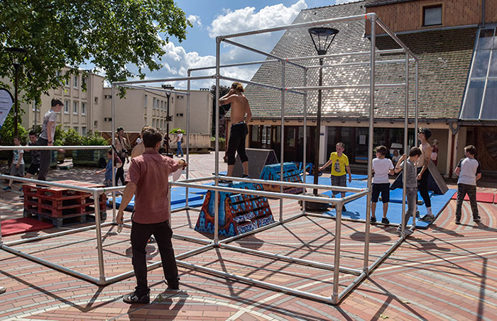outdoor parkour frame and equipment