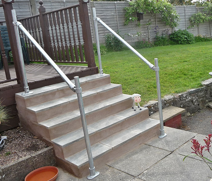 handrail kit for decking area