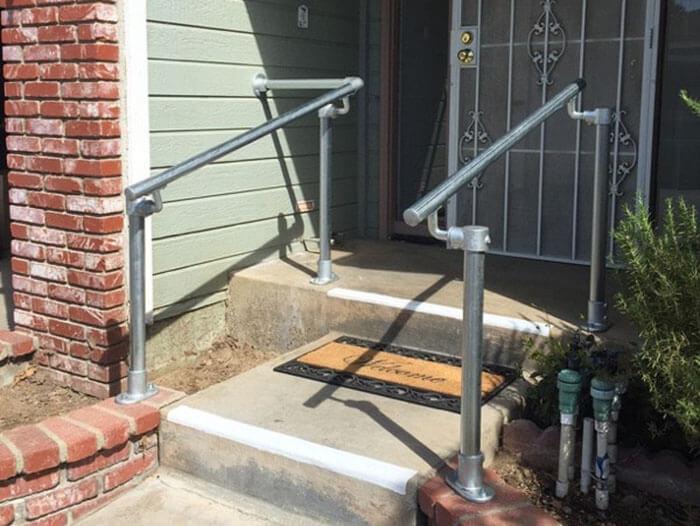 handrail suitable for concrete steps