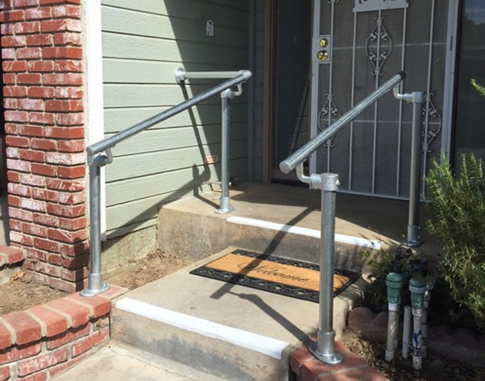 handrail suitable for concrete steps