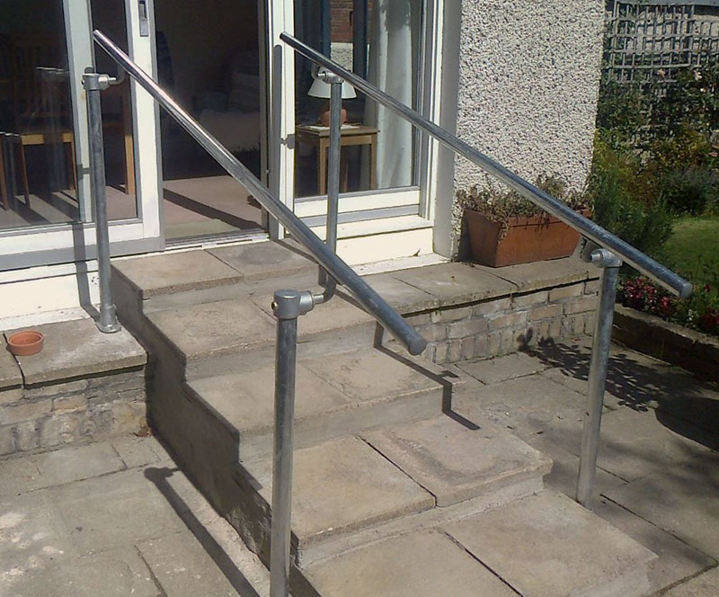 quick to install handrail kit