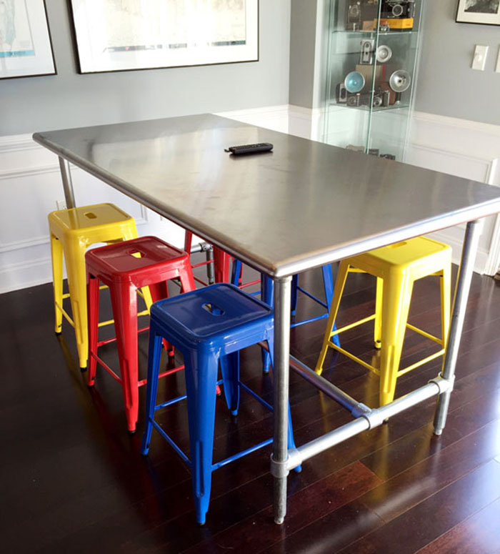 Build A Kitchen Table: 10 DIY Dining Tables To Build With Tube And Fittings